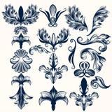 Samling av vektorn hand drog fleur de lis och virvlar i vinta stock illustrationer