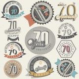 Samling för årsdag för tappningstil sjuttio. vektor illustrationer
