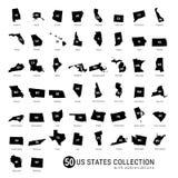Samling för vektor för 50 USA-stater Denspecificerade svarta konturn kartlägger allra 50 tillstånd USA-stater med förkortningar arkivfoton