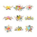 Samling med sidor och blommor Uppsättning av blom- buketter för garnering blom- designelement Eleganta buketter för att hälsa c vektor illustrationer