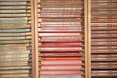 Samlingar av destinerade upplagor på lokalt papper Arkivbilder