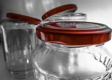 Samlingen av tomt exponeringsglas skorrar med kork Arkivfoton