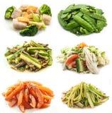 Samlingsgrönsaker som isoleras på vit bakgrund Arkivbild