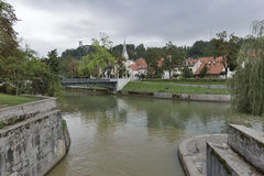 Sammanflöde av Ljubljanica och Gradascica floder i Ljubljana Royaltyfri Fotografi