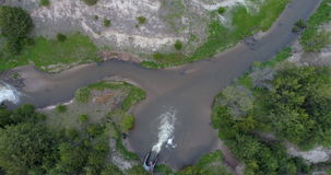 Sammanflöde av norr gafflar för söder och av den dystra floden lager videofilmer