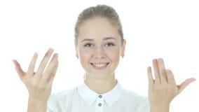Sammanfoga oss, den inviterande affärskvinnan, vit bakgrund, barn lager videofilmer
