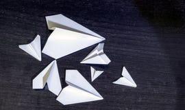 Sammankomst av det pappers- flygplanet av olika format arkivbilder