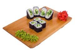 Sammansättning av sushi med gurkan Fotografering för Bildbyråer