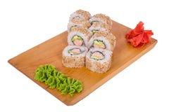 Sammansättning av sushi med sesam och tonfisk Fotografering för Bildbyråer