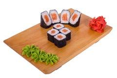 Sammansättning av sushi Nagimaky (laxen) Fotografering för Bildbyråer