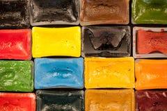 Sammansättning av vattenfärgmålarfärgstycken royaltyfri foto