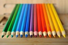 Sammansättning för regnbågefärgblyertspenna Arkivfoto