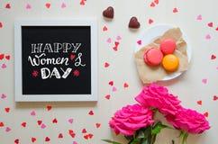 Sammansättning för tappning för dag för kvinna` s av den vita fotoramen med hälsningcitationstecken Royaltyfri Fotografi