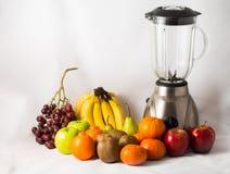 Sammansättning med blandade frukter Arkivbild
