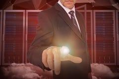 Sammansatt bild av att peka för affärsman Arkivfoto