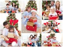 Sammansatt bild av collage av familjer som firar jul tillsammans hemma Royaltyfri Fotografi
