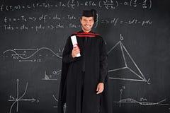 Sammansatt bild av den charmiga doktorand- pojken med hans diplom Arkivfoton