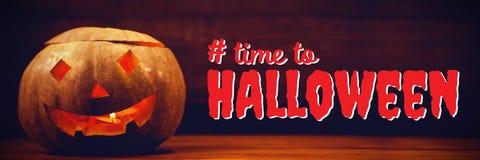 Sammansatt bild av den digitala sammansatta bilden av tid till halloween text Arkivbilder