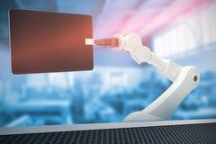 Sammansatt bild av den grafiska bilden av roboten som rymmer den digitala minnestavlan 3d Royaltyfria Bilder