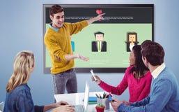 Sammansatt bild av den idérika affärsmannen som ger en presentation arkivfoton