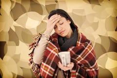 Sammansatt bild av den sjuka kvinnan som har en migrän arkivfoton