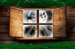 Sammansatt bild av girlanden för garnering för granfilialjul Arkivfoton