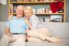 Sammansatt bild av höga par- och valentinhjärtor 3d Royaltyfria Bilder