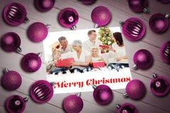 Sammansatt bild av julstruntsaker på tabellen Royaltyfria Foton