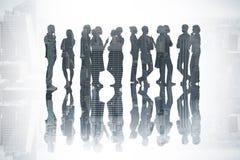 Sammansatt bild av många affärspersoner som står i en linje royaltyfri bild