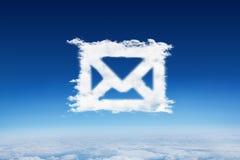Sammansatt bild av molnemailen Arkivfoto