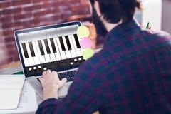Sammansatt bild av musik app Royaltyfri Foto