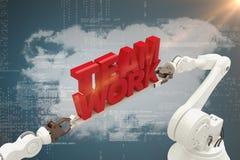 Sammansatt bild av närbilden av för lagarbete för robotic hand det hållande meddelandet Arkivfoto