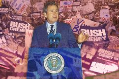 Sammansatt bild av presidenten Bill Clinton som talar på ett podium som läggas över över demokratisk regel Arkivfoton