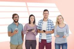 Sammansatt bild av ståenden av att le affärsfolk som använder elektroniska grejer Arkivbilder