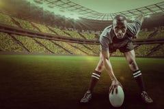 Sammansatt bild av ståenden av idrottsmannen som spelar rugby med 3d Royaltyfri Fotografi