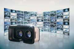 Sammansatt bild av virtuell verklighetsimulatorn över vit bakgrund royaltyfri foto