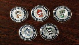 Sammelbare Silbermünzen stockfotos