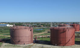 Sammelbehälter für Erdölprodukte Stockfotografie