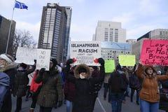 Sammeln Sie gegen Donald Trump-` s moslemisches Verbot in Toronto Lizenzfreies Stockbild