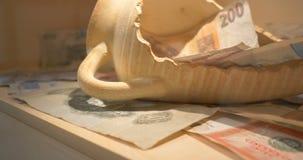 Sammlung alte Münzen und Banknoten stock video footage