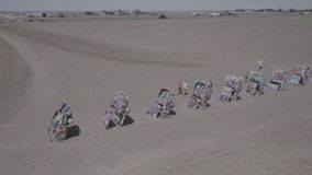 Sammlung Cadillac-Autos an Cadillac-Ranch stock video footage