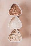 Sammlung Getreide, Körner: Reis, Hafer, Buchweizen, Hirse, Stockfoto