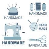 Sammlung handgemachte Ausweise, Aufkleber und Logoelemente für nähendes Geschäft, stricken Verein vektor abbildung