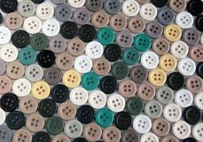Sammlung Knöpfe von verschiedenen Farben Stockbilder
