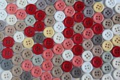 Sammlung Knöpfe von verschiedenen Farben Lizenzfreies Stockfoto