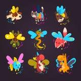 Sammlung nette geflügelte Tiere mit magische Stäbe, Fantasiemärchenhund, Katze, Schildkröte, Fuchs, Schlange, Kuh, Fisch, Kamel vektor abbildung