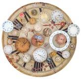 Sammlung rostige Uhren der Weinlese und Uhrteile Lizenzfreies Stockbild