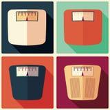 Sammlung von vier Badezimmergewichtsskalen, flaches Design Stockbild