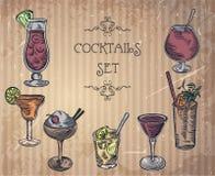Sammlung Weinlesecocktails Stockfotos