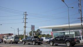 Samochód i ruch drogowy na autostrady drodze blisko Juction Obrazy Stock